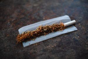 Le choix du papier est essentiel pour consommer son tabac